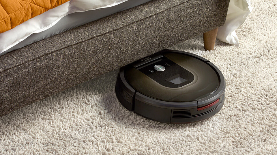 Roomba on carpet vacuuming